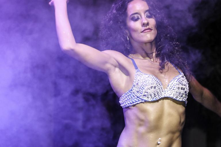 žena u tance
