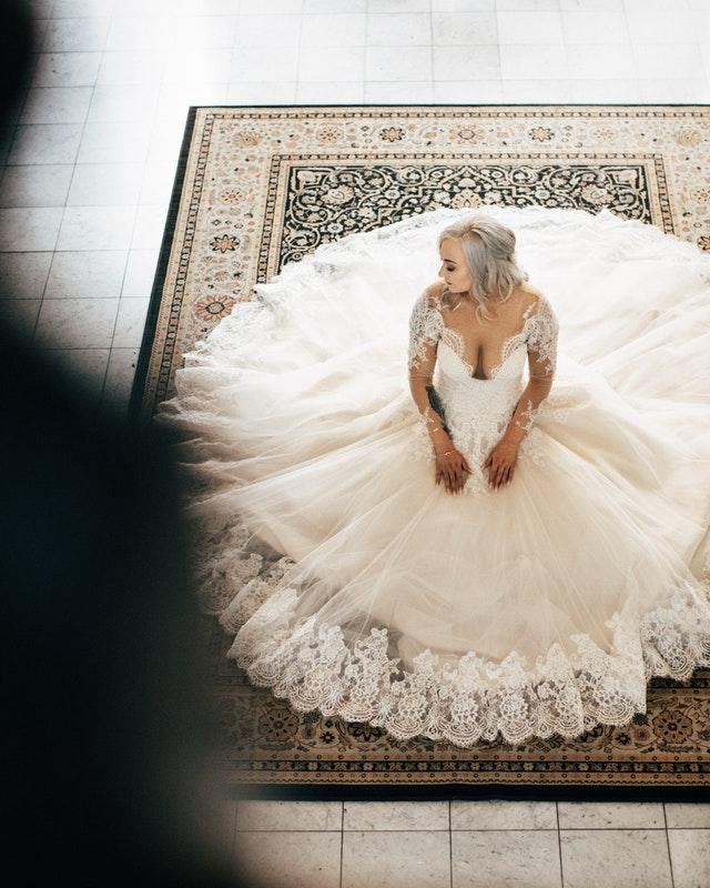 Kde si pořídit svatební šaty