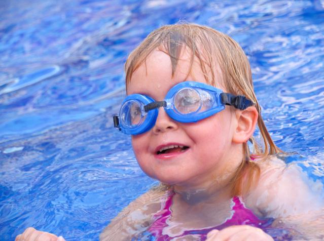 Proč se musí filtrovat bazénová voda filtračním pískem