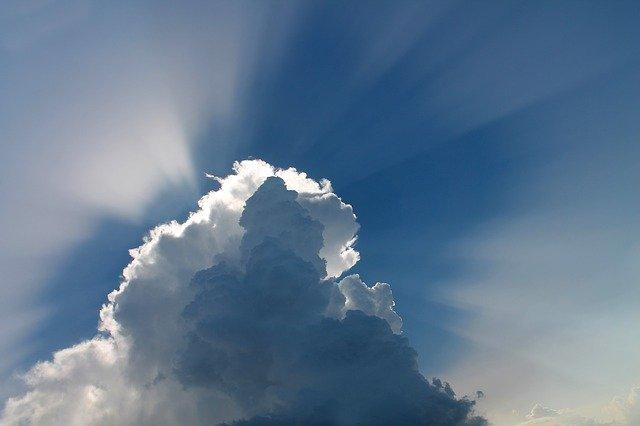 světlo ve dne