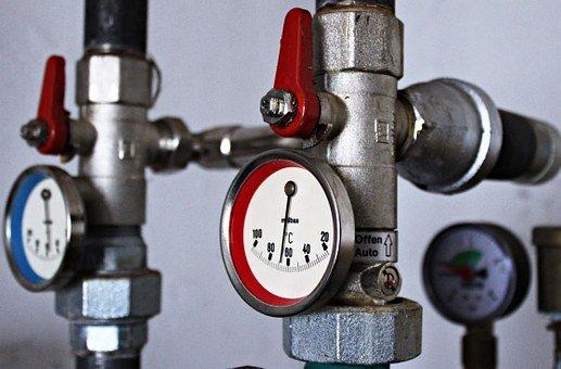 Když máme problém s vodou, topením, plynem, odpadem nebo kanalizací